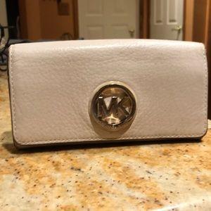 Michael kors cream colored wallet